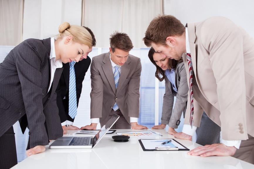 Corporate problem-solving team